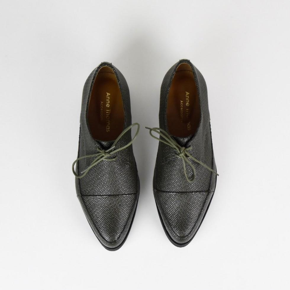 Derbies pointues kaki London Shoes Anne Thomas