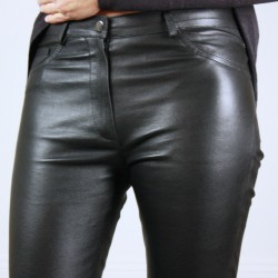 Black leather pants with pockets Anais Anne Delaigle