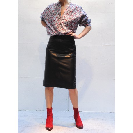 AMY Knee length skirt black leather Closed
