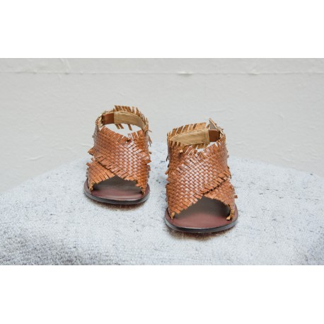 STRATEGIA Leather braided and crossed brown color sandals