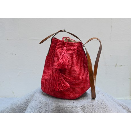 IBELIV CAPRI red woven raffia shoulder bag with brown leather strap